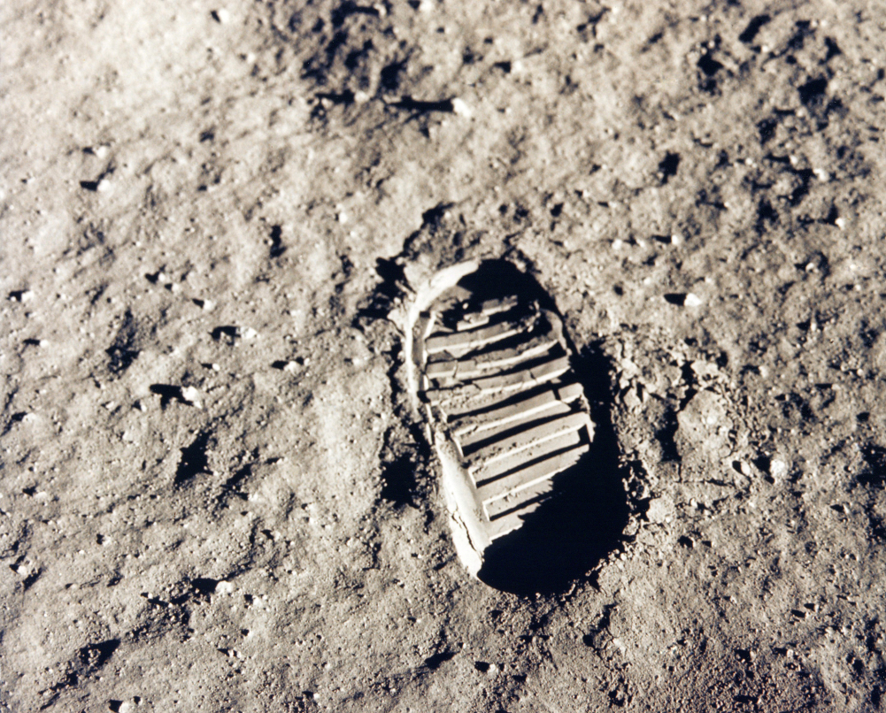 Astronaut feet moon